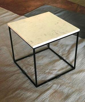 שולחן שיש 40/40