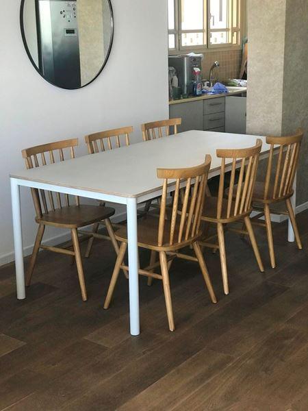 שולחן בירץ בסיס מתכת