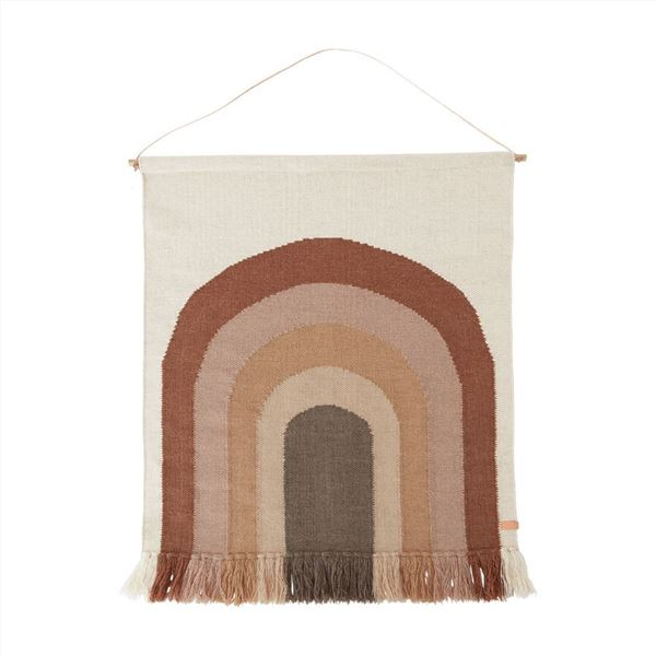 """תמונה של שטיח קיר """"עקוב אחרי הקשת"""" שוקו"""